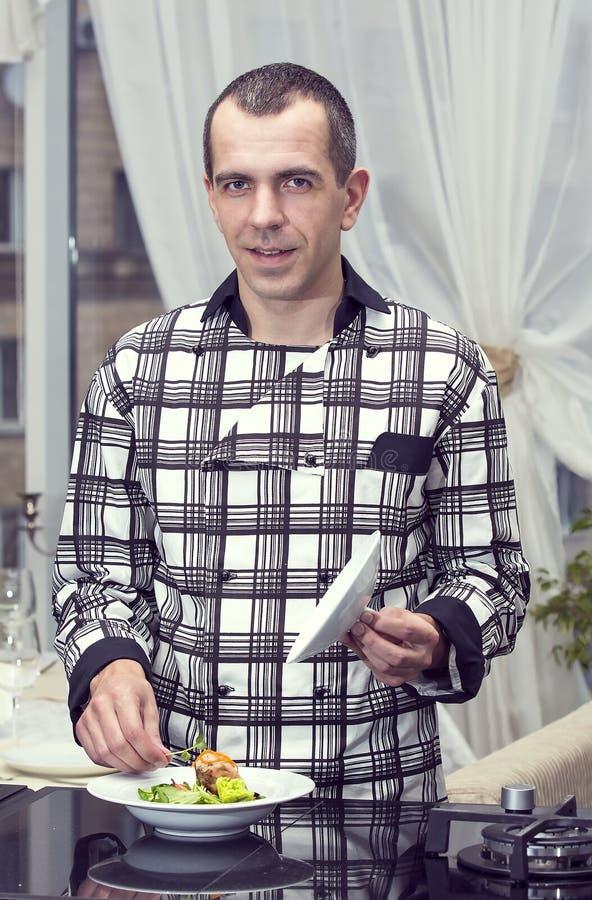 Chef-kok van het restaurant royalty-vrije stock afbeeldingen