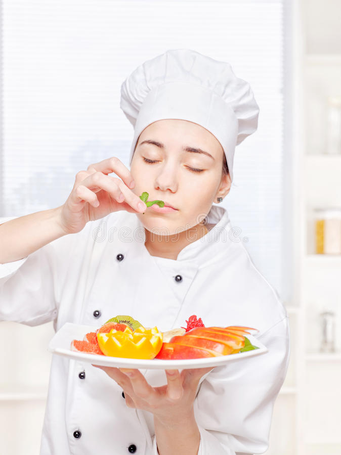 Download Chef Smell Mint Before Putting It On A Plate Stock Photo - Image: 24640806