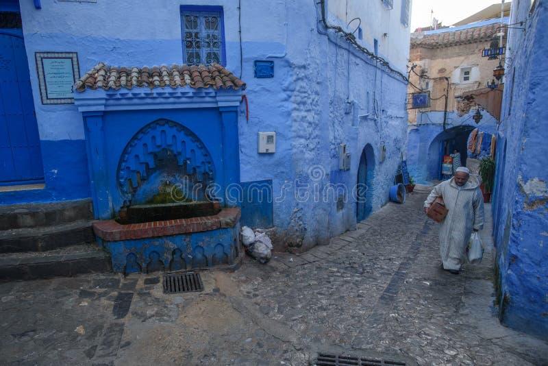 Chefchaouen den blåa staden i Marocko royaltyfri bild