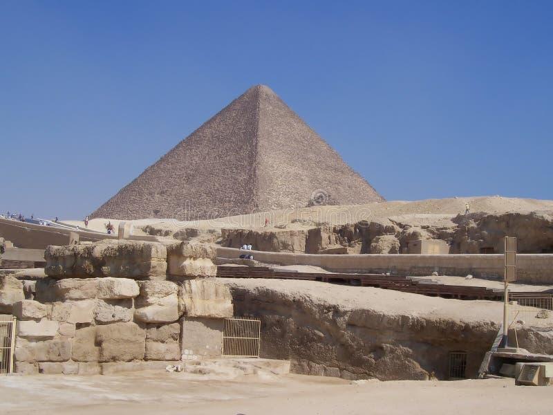 chefren pyramiden royaltyfria bilder