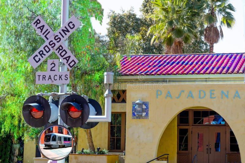 Chegada do estação de caminhos-de-ferro de Pasadena fotos de stock
