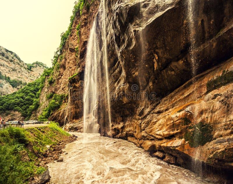 Chegemwatervallen in ruwe canion en berg royalty-vrije stock fotografie