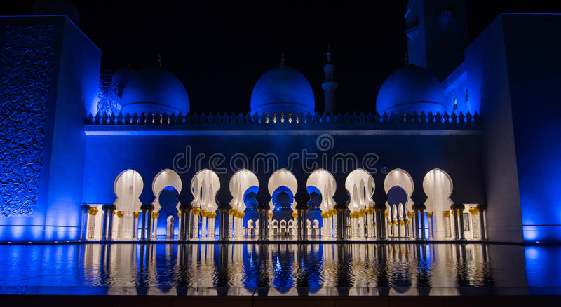 Cheikh zayed la grande mosquée en Abu Dhabi photo stock