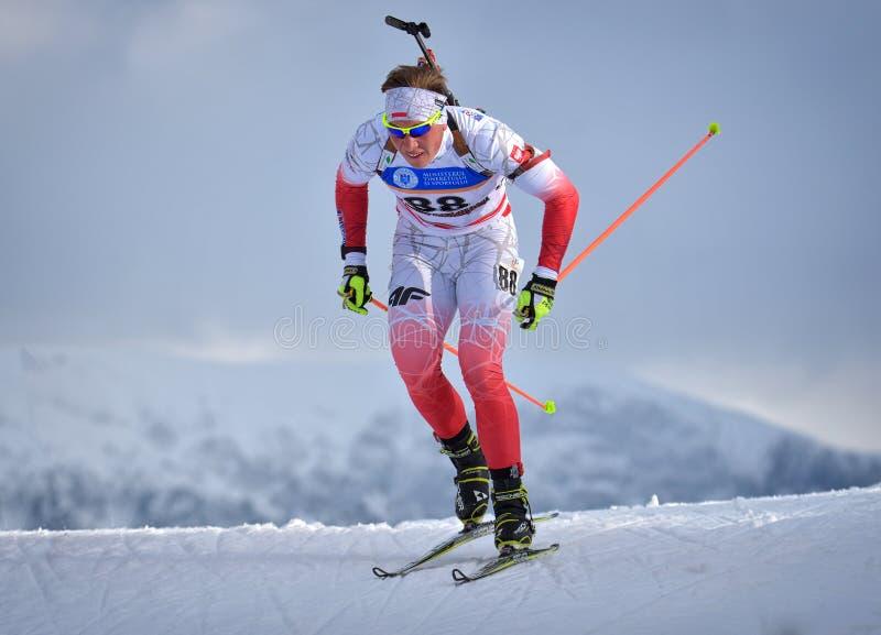 Cheile Gradistei, Roamania - 24 janvier : Copetitor inconnu dans IBU Youth& Junior World Championships Biathlon 24ème de janvier  photographie stock