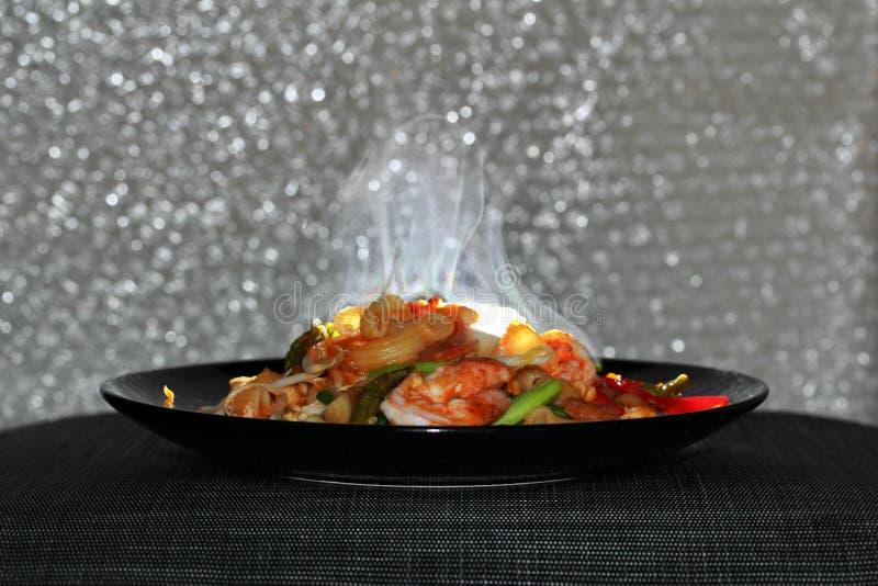 Cheiro do aroma do macarrão fritado tailandês com camarão, almofada M tailandês da chamada imagens de stock royalty free