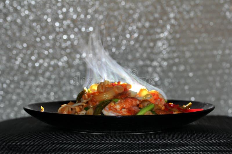 Cheiro do aroma do macarrão fritado tailandês com camarão, almofada M tailandês da chamada foto de stock royalty free