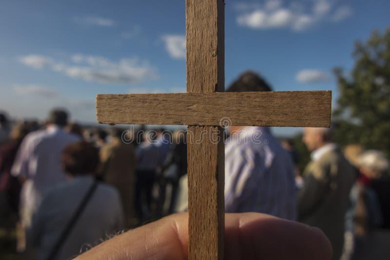 Chelm, Polen, 14 september 2019: Prayvergadering en manier van het kruis bij het Sanctuarium van de Moeder van God in Che?m royalty-vrije stock foto