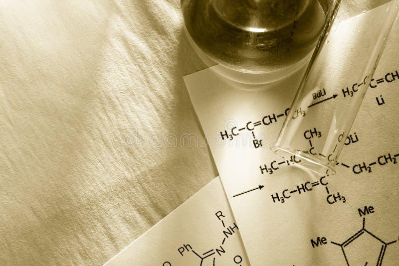 Chemia z reakci formułą obrazy stock