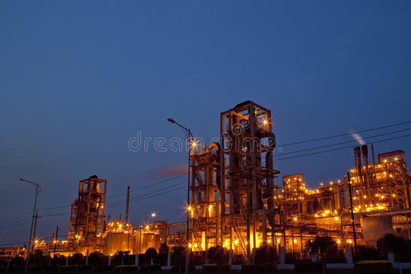 Chemiefabrik lizenzfreie stockfotografie