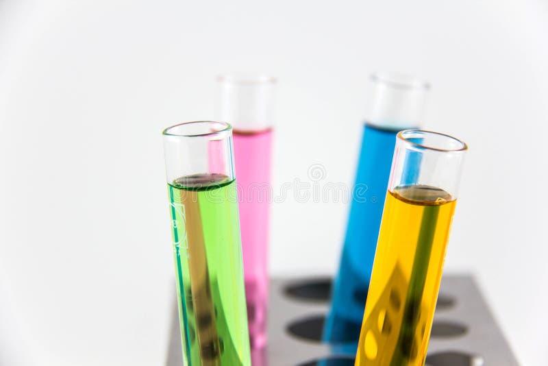 Chemikalie, Wissenschaft, Labor, Reagenzglas, Laborausstattung lizenzfreies stockfoto