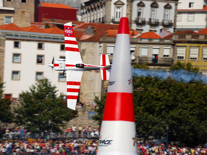 Chemin d'air de Red Bull Porto 2009 Paul_Bonhomme_fly image libre de droits