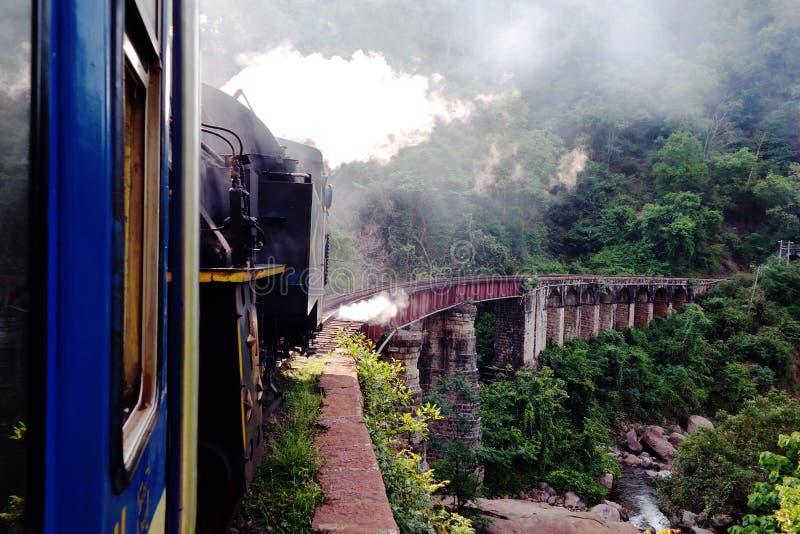Chemin de fer de montagne de Nilgiri photos libres de droits