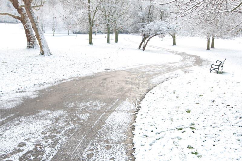 Chemin de l'hiver photos libres de droits