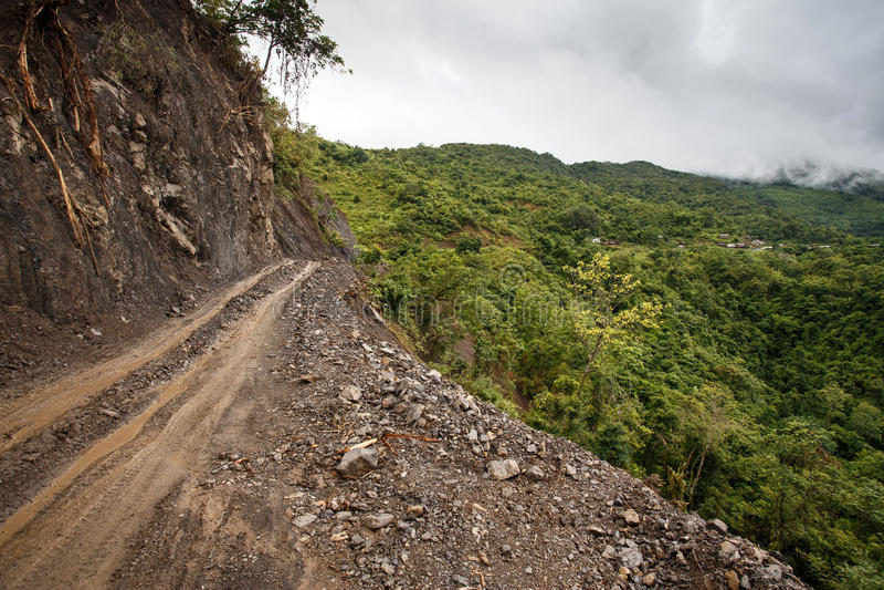Download Chemin De Terre, Chin State, Myanmar Photo stock - Image du rural, myanmar: 56475732