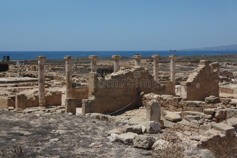 Chemin de terre sur la Chypre photos stock