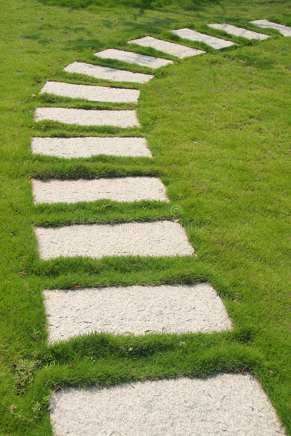 chemin en pierre photo stock image du libre ground fuite 3774730. Black Bedroom Furniture Sets. Home Design Ideas