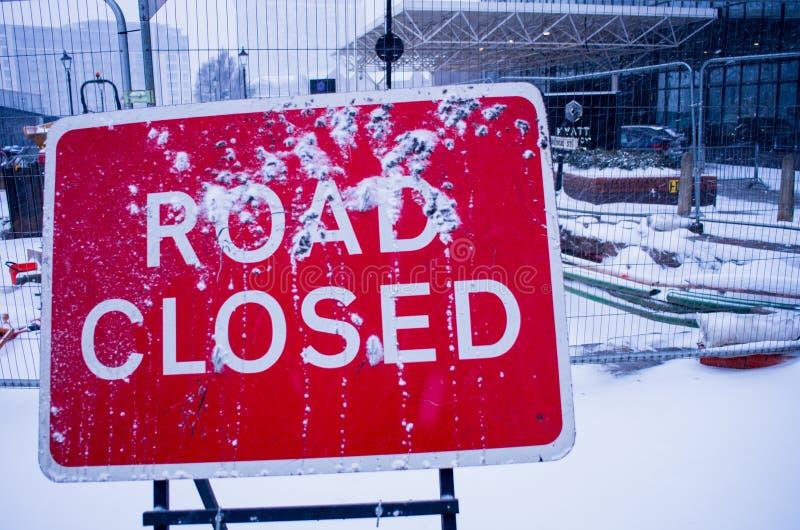 Chemin fermé de clip de signe de route photo libre de droits