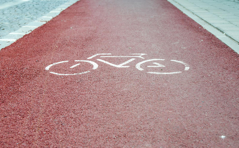 Chemin rouge de bycicle photographie stock