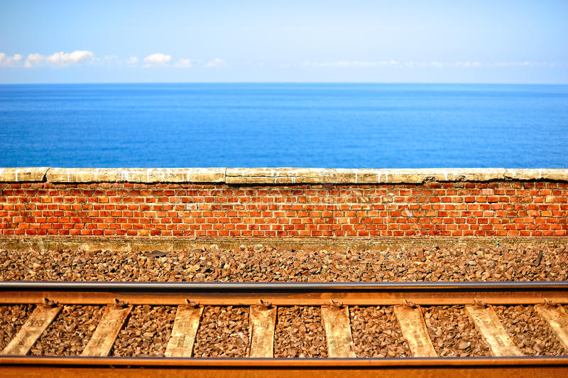 Download Chemins de fer italiens photo stock. Image du clear, railroad - 56484586