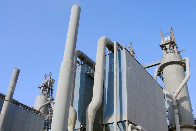 Chemisch fabriek en oliedepot, stock fotografie