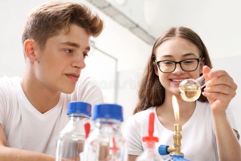 Chemische Experimente stockbilder