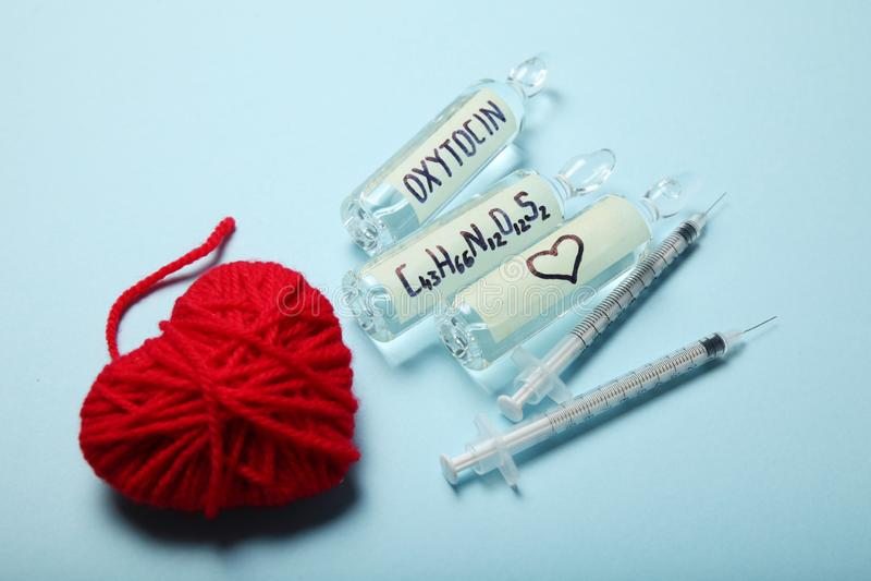Chemische oxytocin ontdekking Liefdeanalyse, hormoon stock afbeeldingen
