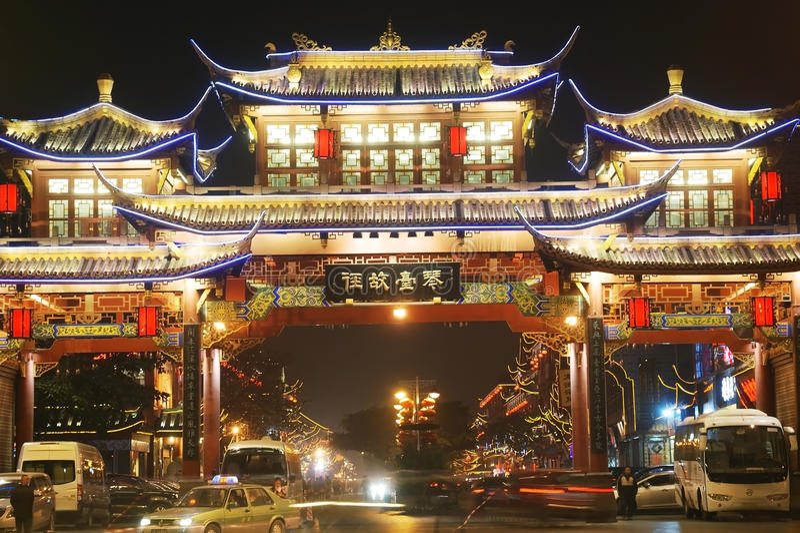 Chengdu natt arkivfoto