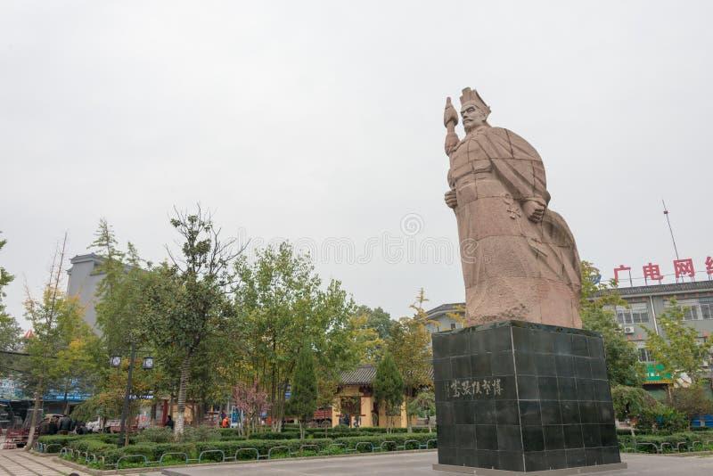 CHENGGU, КИТАЙ - 8-ОЕ НОЯБРЯ 2014: Статуя Zhang Qian, Chenggu, Hanz стоковое изображение rf
