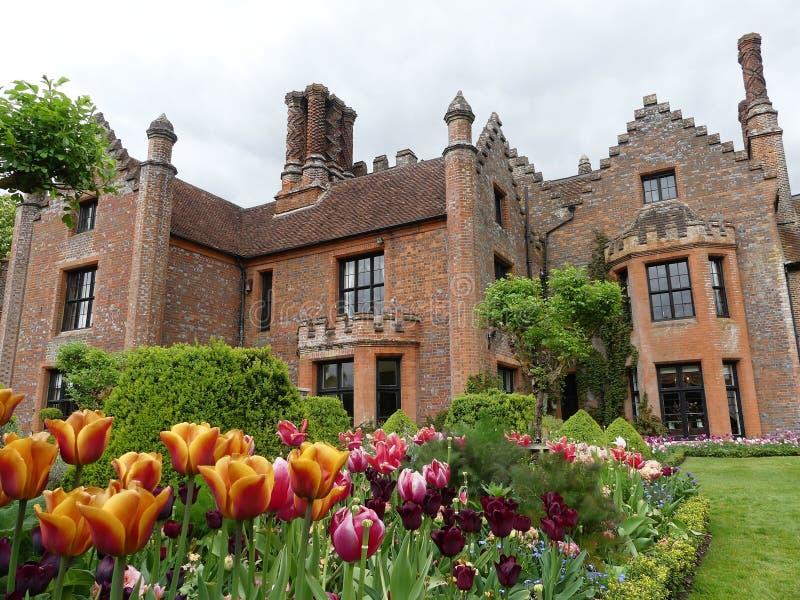 Chenies rezydencji ziemskiej dom, Tudor stopie? spisywa?em budynek, w wio?nie zdjęcie royalty free