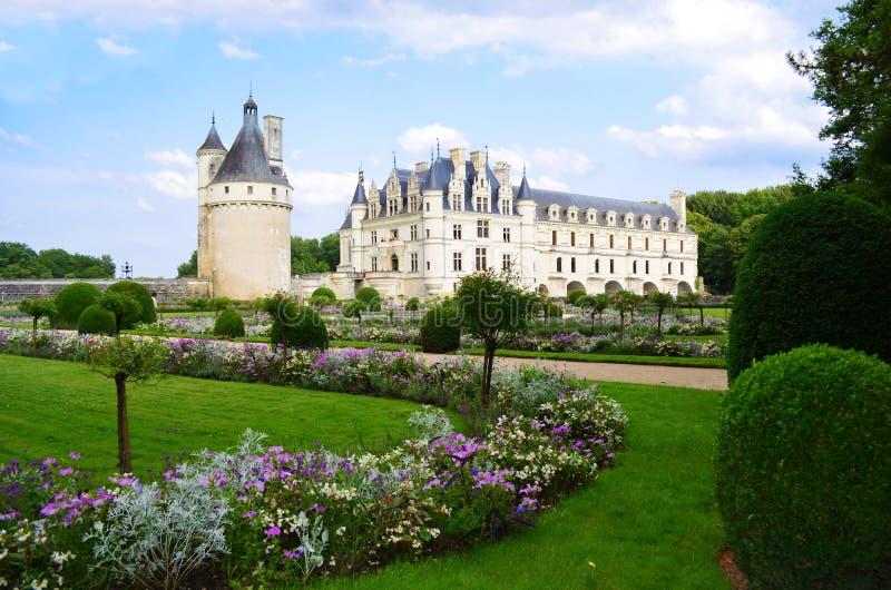 Chenonceaukasteel en zijn tuin in de de Loire-Vallei - Frankrijk stock afbeelding