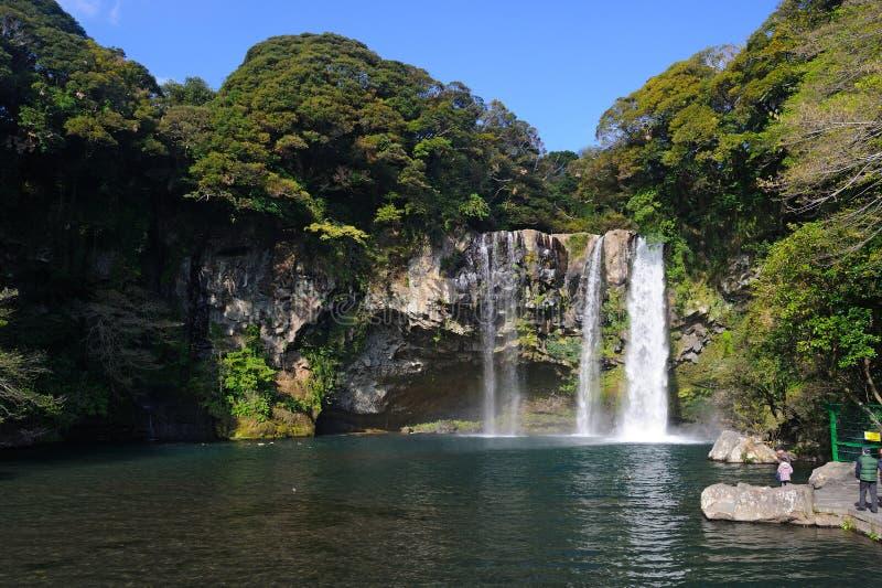 Cheonjiyeon vattenfall royaltyfri bild