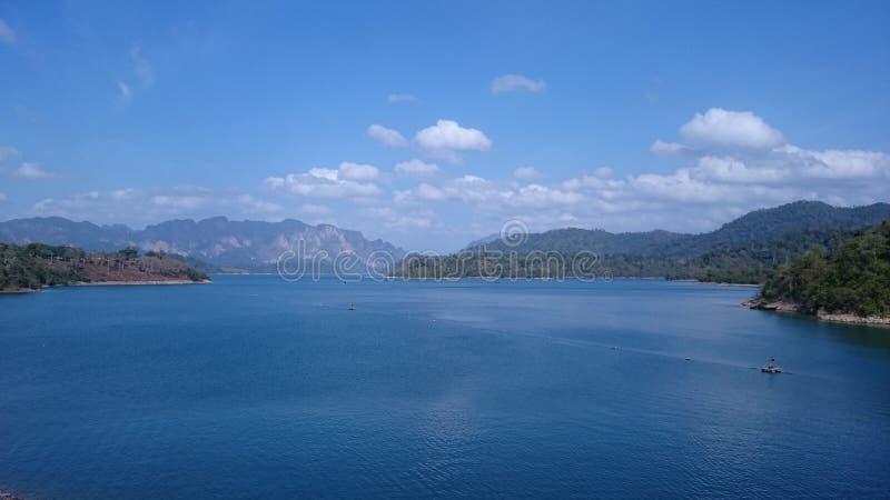Cheow Larn湖 免版税库存照片