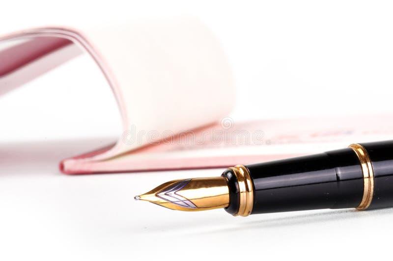 Cheque met pen royalty-vrije stock fotografie