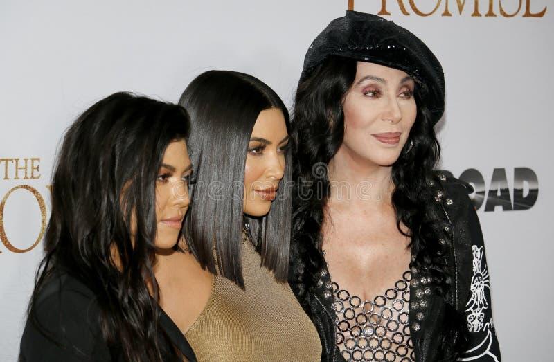 Cher, Kim Kardashian West et Kourtney Kardashian image libre de droits