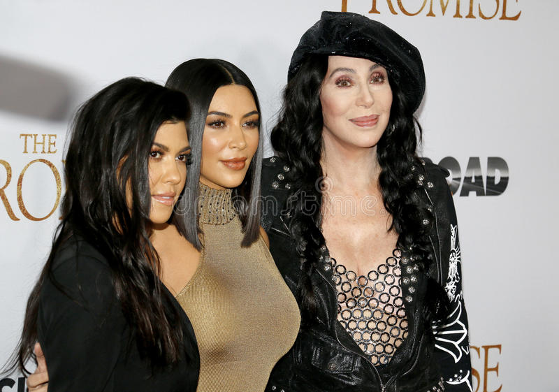 Cher, Kim Kardashian West et Kourtney Kardashian photographie stock libre de droits