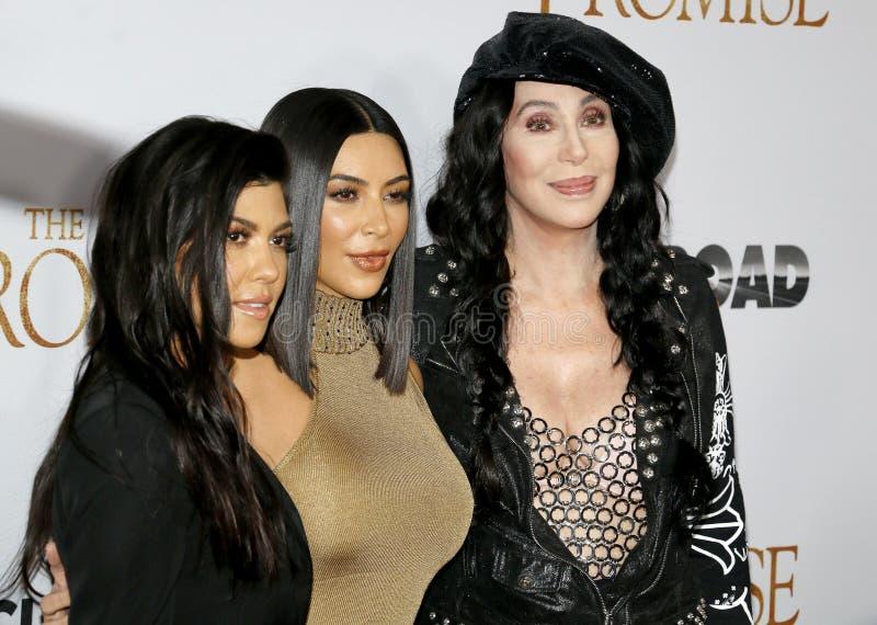 Cher, Kim Kardashian West et Kourtney Kardashian photographie stock