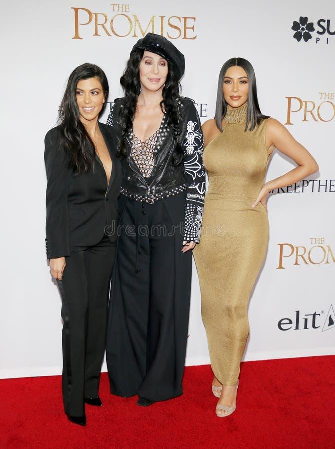 Cher, Kim Kardashian West et Kourtney Kardashian photo stock