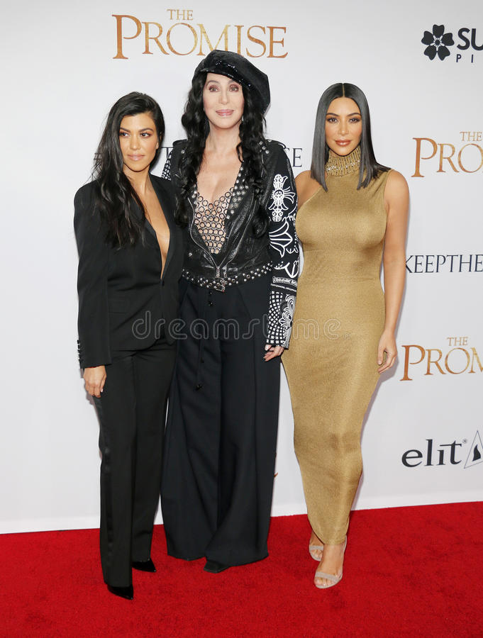 Cher, Kim Kardashian West et Kourtney Kardashian images libres de droits