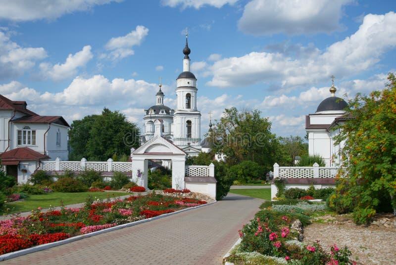 Chernoostrovsky kloster av St Nicholas royaltyfri fotografi
