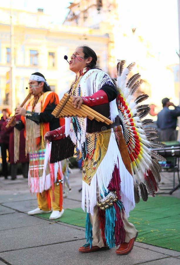CHERNOVTSY, de OEKRAÏNE, 22 Oktober, 2010, Peruviaans stock fotografie