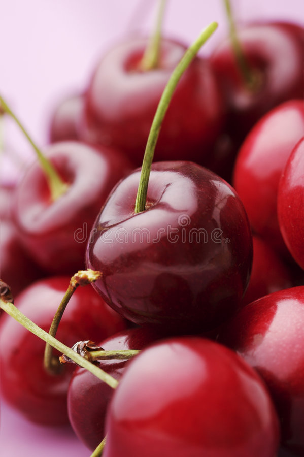 Download Cherries Royalty Free Stock Images - Image: 4392529