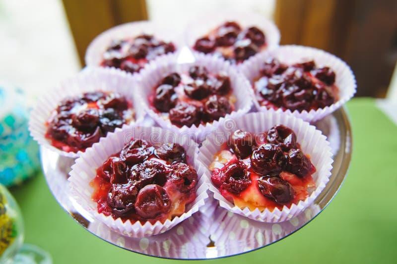 Cherry Tartalets stock afbeelding