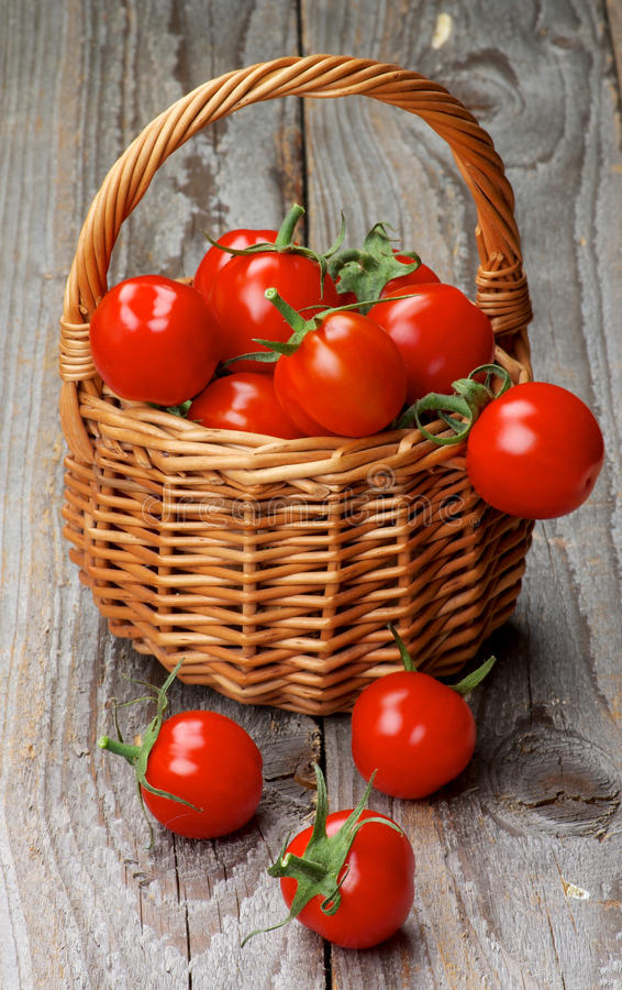Cherry Tomatoes imagens de stock royalty free