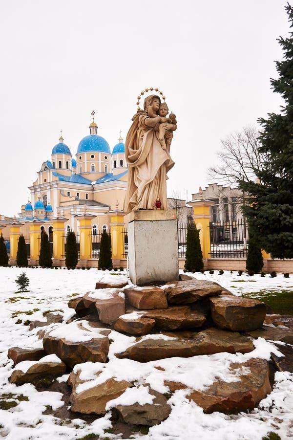 CHERVONOGRAD, ΟΥΚΡΑΝΙΑΣ - 23.2017 Δεκεμβρίου: Εκκλησία στοκ φωτογραφία