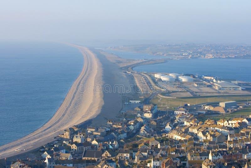Chesil Strand nahe Portland in Weymouth Dorset stockbilder