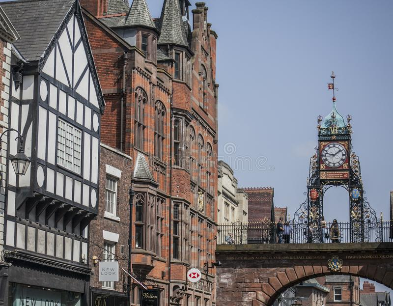 Chester Cheshire, England - gatorna royaltyfri bild