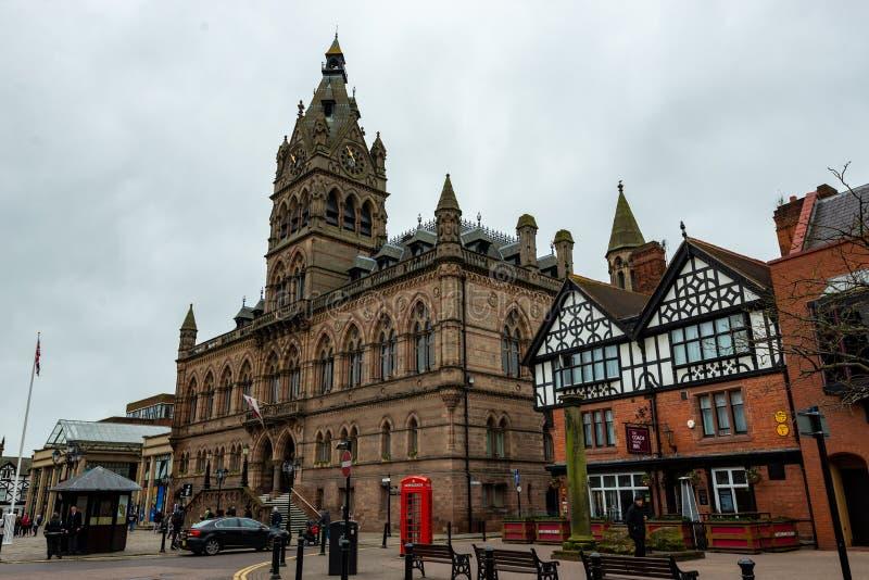 CHESTER, HET UK - 8TH MAART 2019: Het overweldigende die stadhuis van Chester in de Lente van 2019 wordt genomen royalty-vrije stock afbeelding