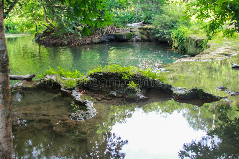 Chet Sao Noi Waterfall, saraburi, Nakhon Ratchasima, Thaïlande photographie stock libre de droits