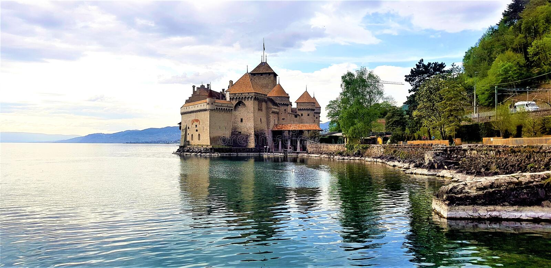 Cheteau-de-Chillon en Montreux, Suiza imagen de archivo