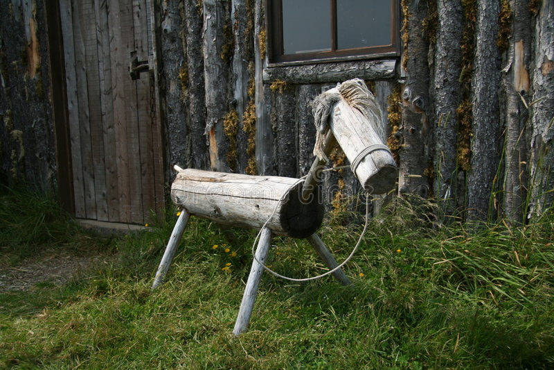 Cheval en bois image stock